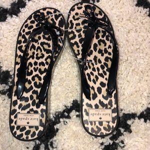 Kate spade wedge leopard print flip flops sz 9m